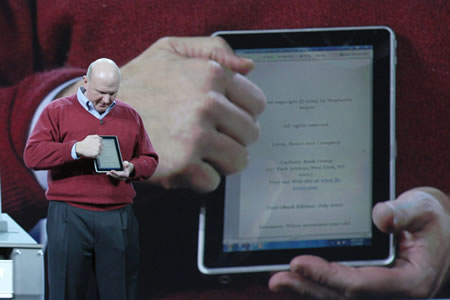 Steve Jobs | Steve Ballmer: Devices to be Proud: presentation and leadership.
