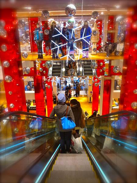 BIG Japan, made elegantly small: UNIQLO CALENDAR