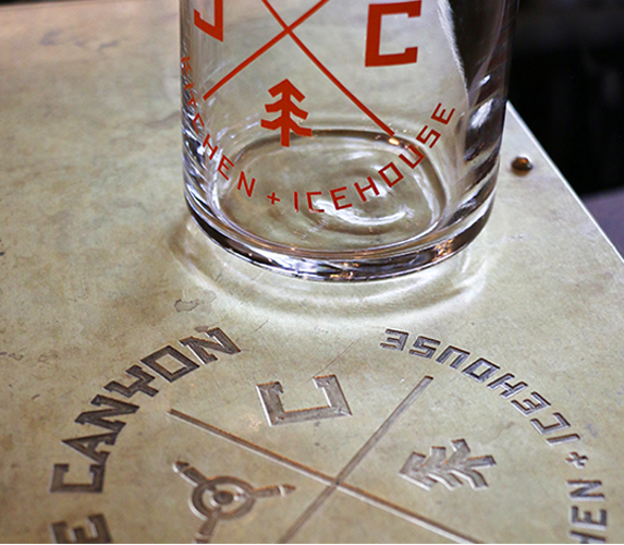 Cowiche, American Dinning, Restaurant branding design